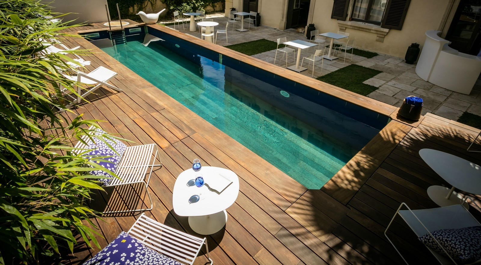 L 39 hotel particulier b ziers 4 toiles for Piscine beziers