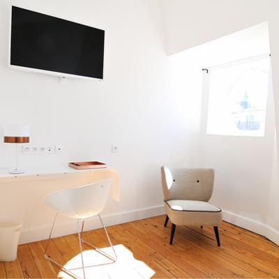 L'Hôtel particulier vous présente la chambre Rondeurs et Délicatesse, dans la gamme les Intimes.